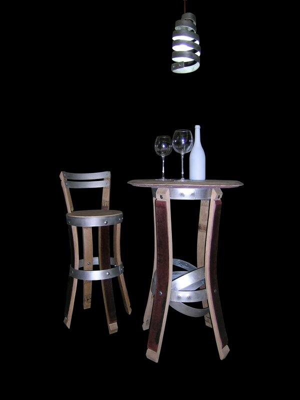 douelledereve,mobilier de cave à vin,table bistro,chaises de bar,mobilier de bar,douelle,tonneaux,barriques,vin,mobilier et accessoires du vin,mobilier caviste,douelledereve