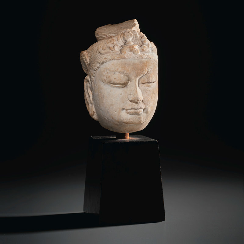 2021_NYR_19547_0715_000(a_small_marble_head_of_a_bodhisattva_tang_dynasty011109)