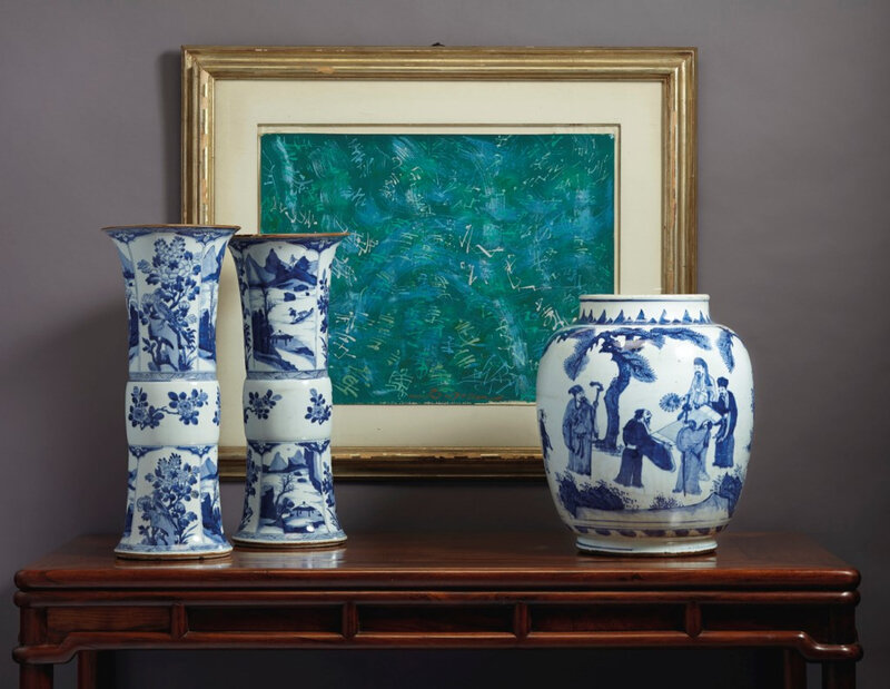 2020_NYR_18087_0065_000(a_large_pair_of_blue_and_white_beaker_vases_kangxi_period)