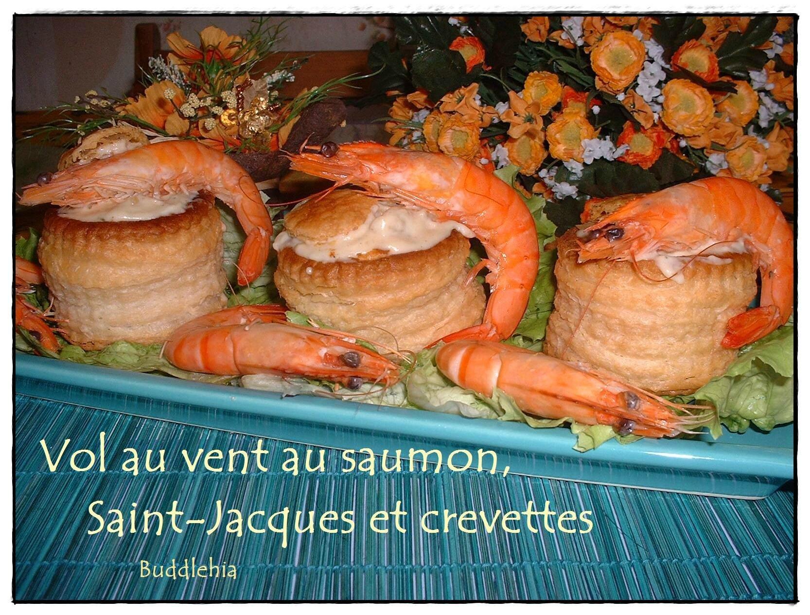 Vol-au-vent au saumon, saint-Jacques et crevettes ...