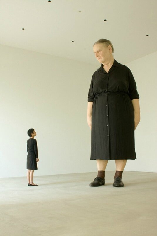 ron-mueck-standing-woman-2007