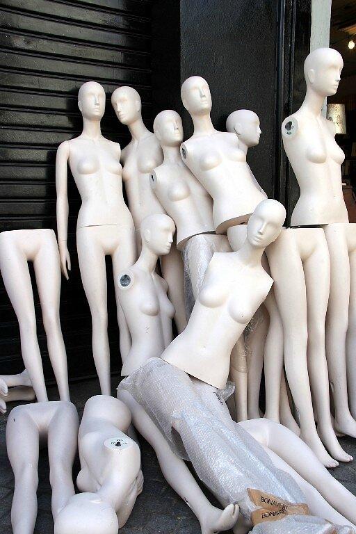 8-Mannequins, Pte St Ouen_1586