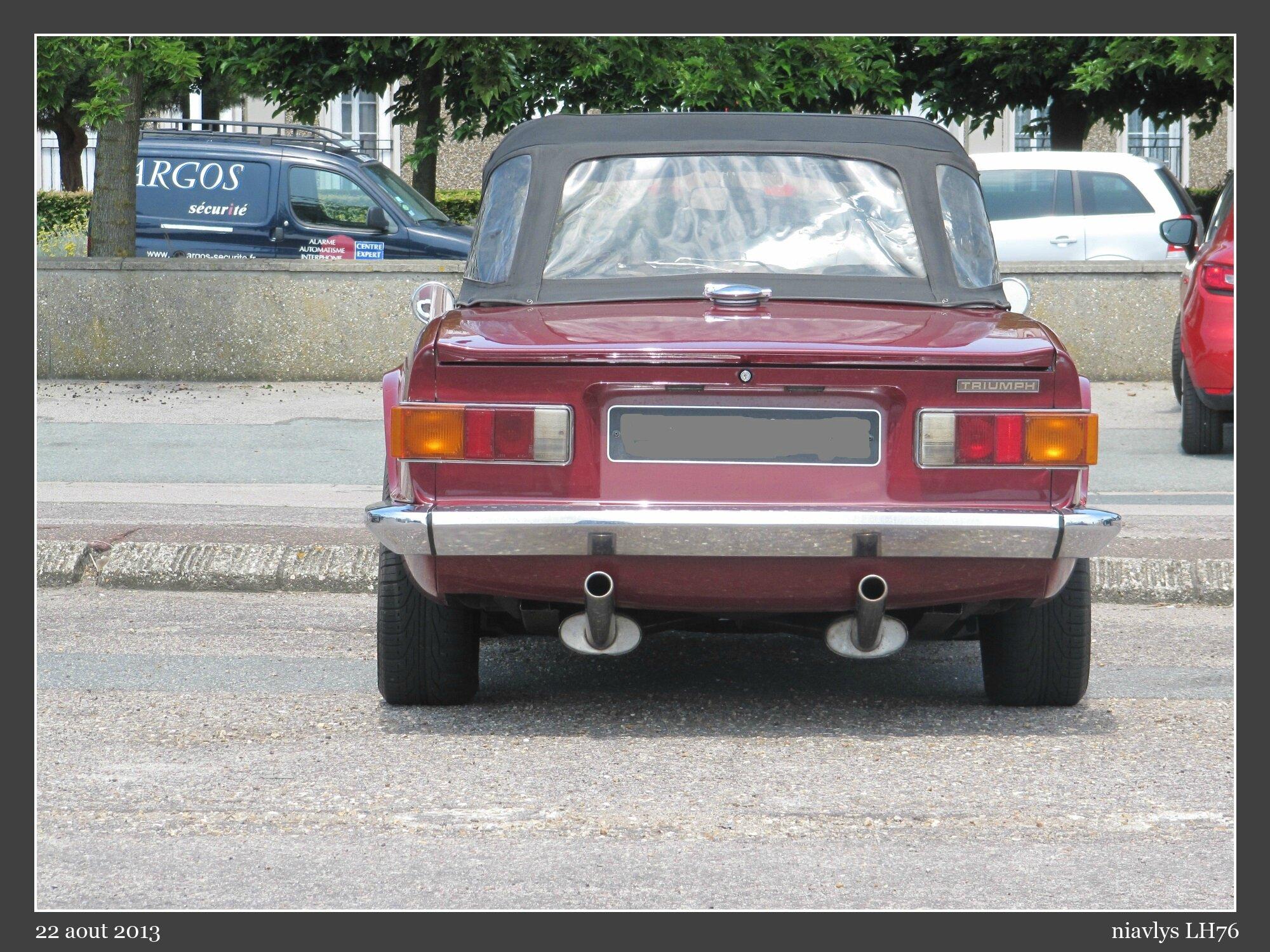 Triumph TR6 2