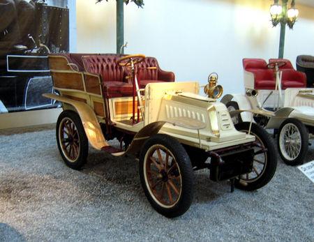 De_Dion_Bouton_tonneau_V_de_1904__Cit__de_l_Automobile_Collection_Schlumpf___Mulhouse__01