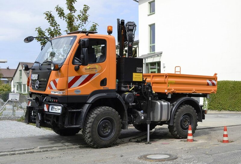 1280px-Unimog_U20_in_Germany
