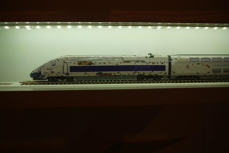 TGV maquette : livrée Paul Cézanne