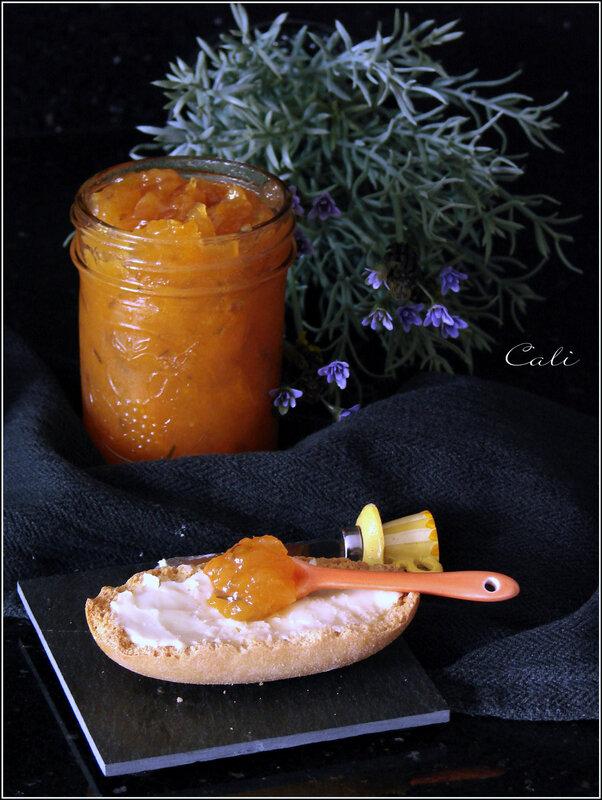 Confiture d'Abricots à la Lavande 001