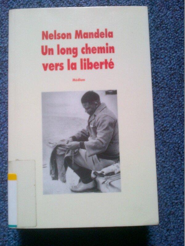 Un long chemin vers la liberté, couverture, éd. Ecole des Loisirs, 1996