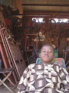 côté gauche garagiste ferrailleur MOPTI Mali