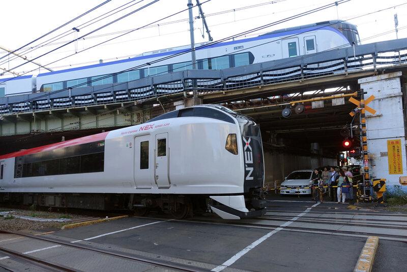 E259 + E353 Yoyogi PN 1