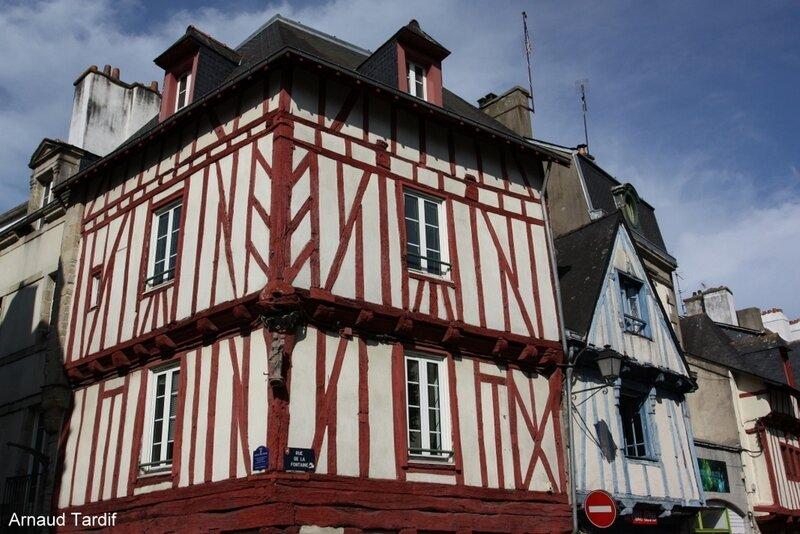 002100 Larmor-Baden - La Ville de Vannes - La rue de la Fontaine
