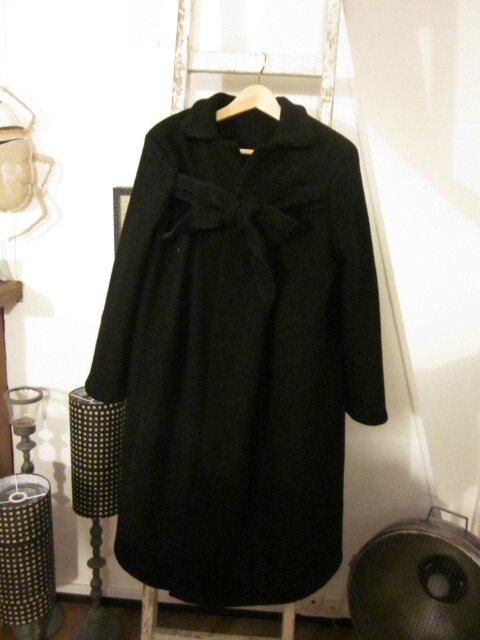 Manteau AGLAE en laine bouillie noire allongé de 15 cm - taille 50 (2)