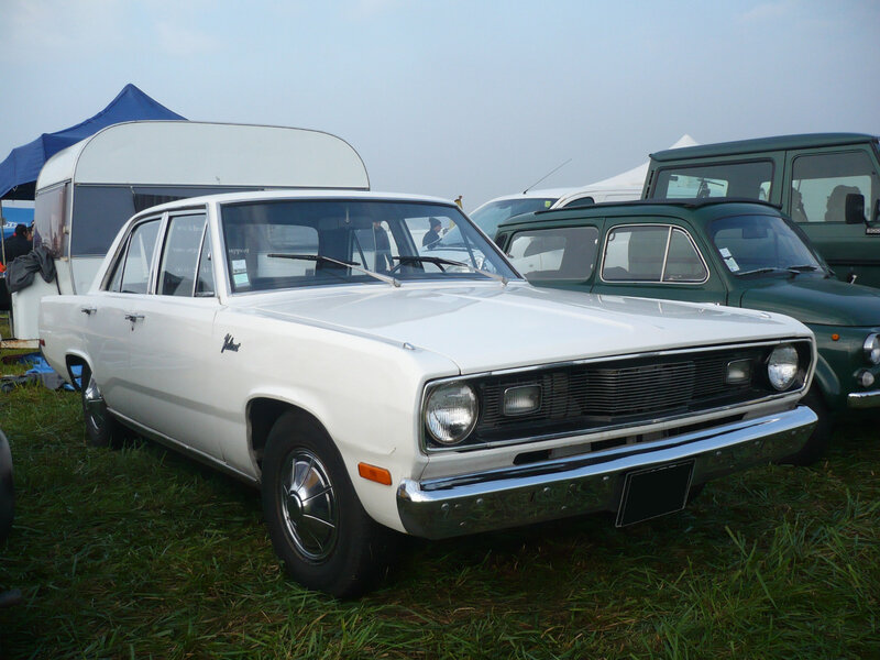 PLYMOUTH Valiant 4door Sedan 1970 Lipsheim (1)