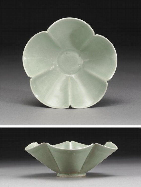 A fine 'Yaozhou' five-lobed bowl, Five Dynasties-Northern Song Dynasty (907-1126)