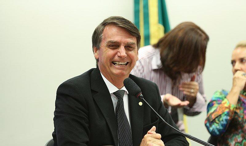 800px-Jair_Bolsonaro_-_EBC_04-800x475