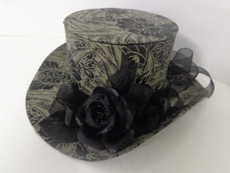 Petite boite chapeau