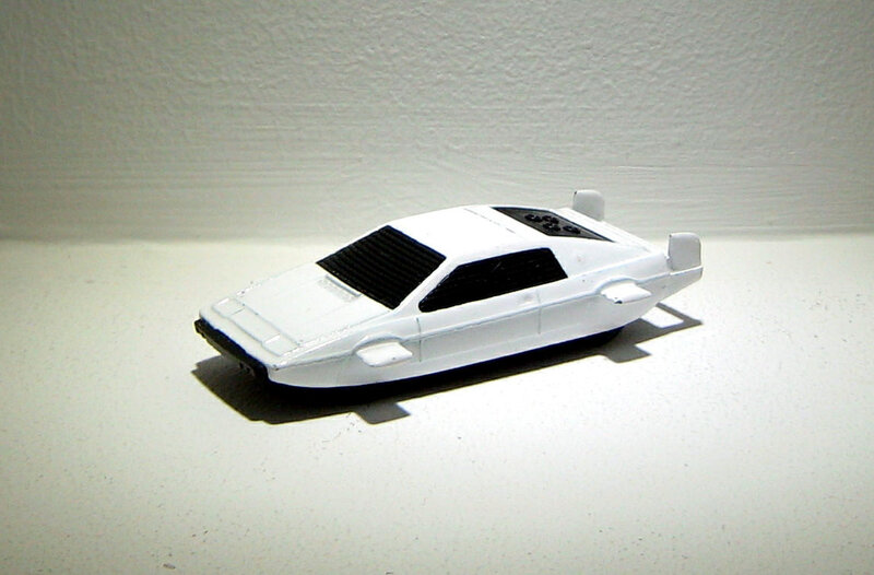 Lotus esprit de James Bond (Corgi)