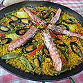 Paella de fruits de mer et de poisson