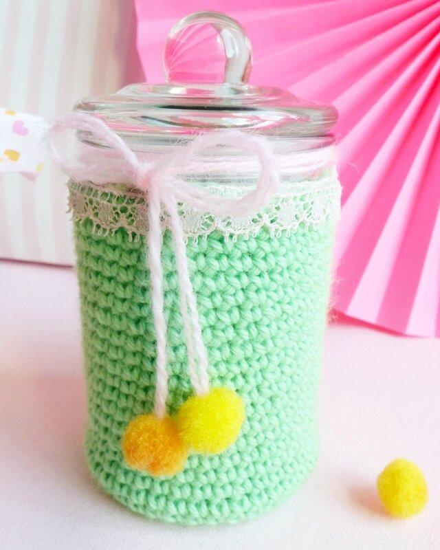crochet-bonbonnière-bocal-emballage-cadeau-08