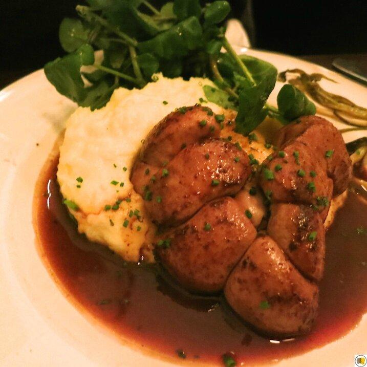 Rognons de veau au vin de Madère, purée de pommes de terre