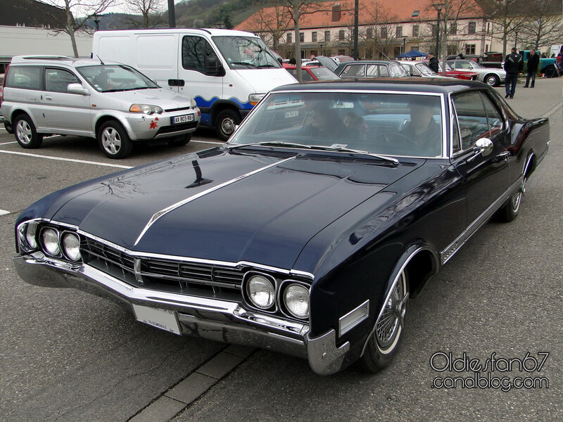 oldsmobile-starfire-coupe-1966-01