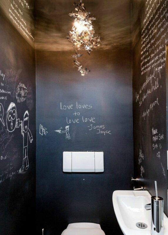 wc-ephemere-mur-ardoise