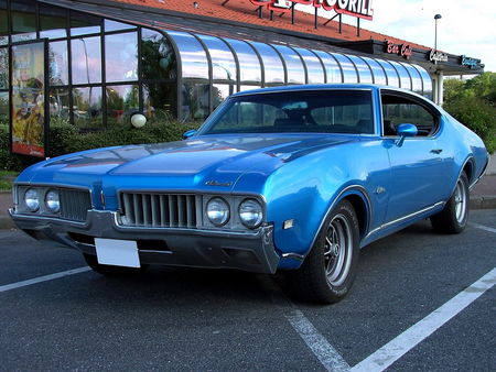 69_OLDSMOBILE_Cutlass_S_Hardtop_Coupe__2_