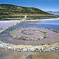 Land art 1970_Spiral Jetty_Smithon(jetée construite en spirale)