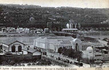 cartes-postales-photos-Exposition-Internationale-1914--Vue-dur-le-Pavillon-des-Colonies-et-le-Village-Alpin-LYON-69003-8023-20080116-n7u3g7t3k4o6t8e2r8m5
