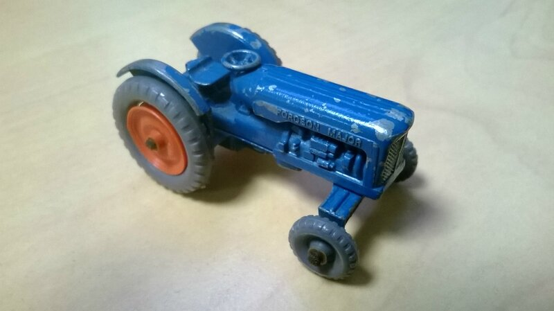 72a_Fordson Tractor_02