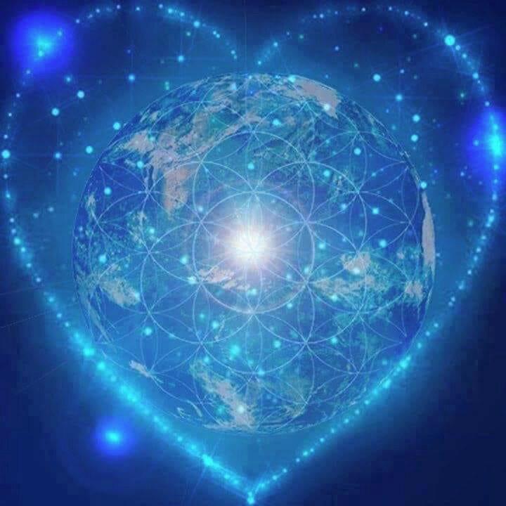 terre bleue cœur + fleur de vie top - copie