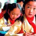 Des élèves tibétains en classe