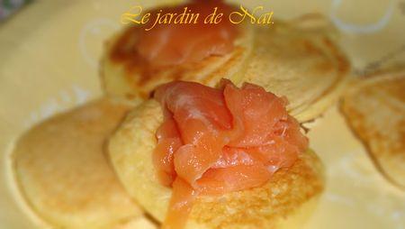 Blinis_au_saumon_fum___2_