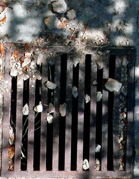 grille-pierres