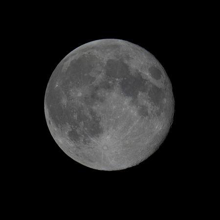 Lune_2013-08-22_001
