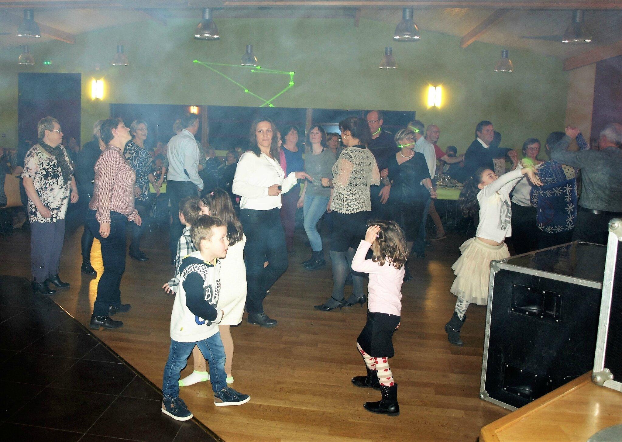 Repas-dansant (2)