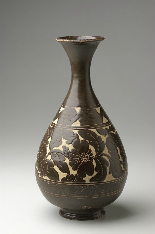 Bottle, Yuan dynasty, 13th-14th century