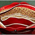 Intérieur du sac précieux de Dame Valiste, avec l'organiseur