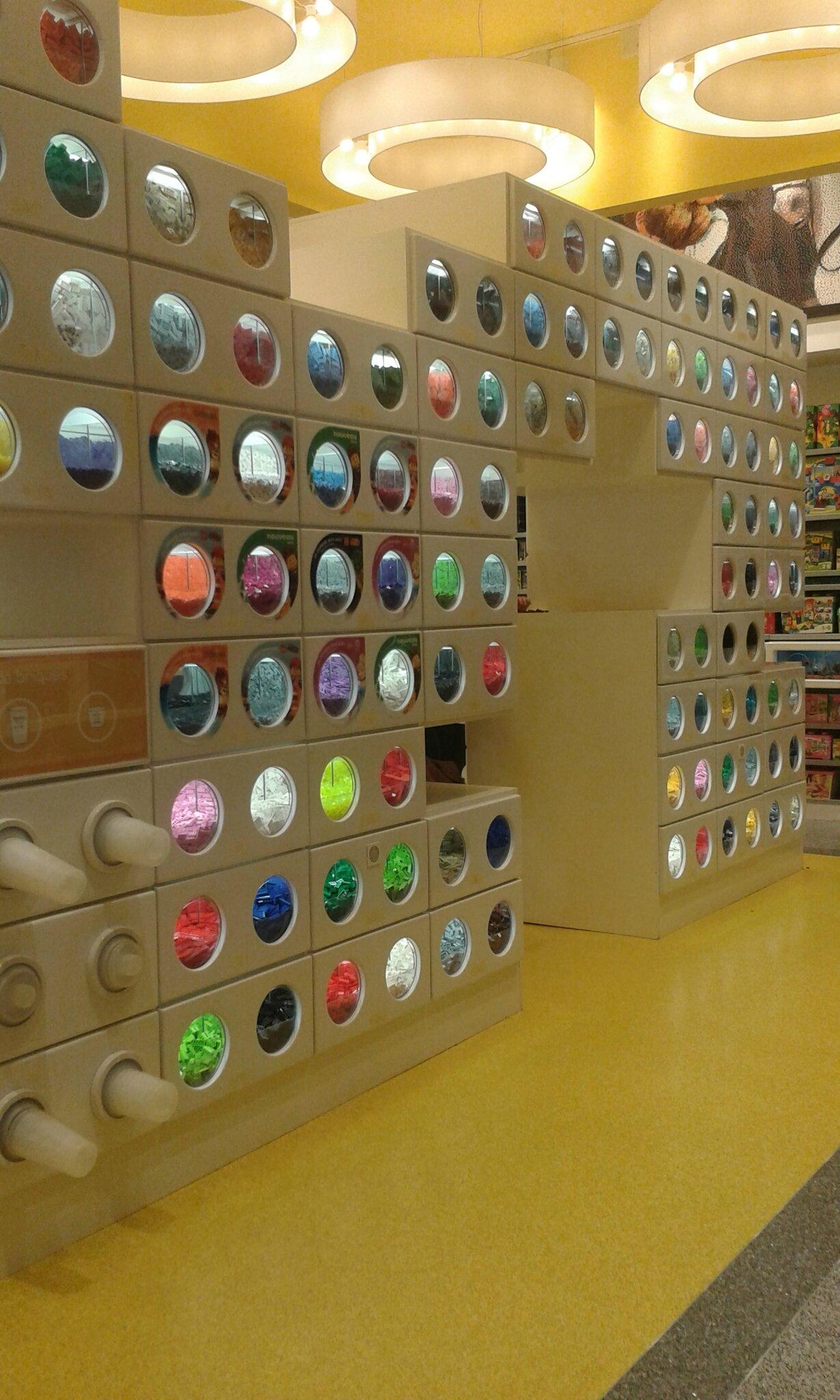 Le Lego Store du Disney Village