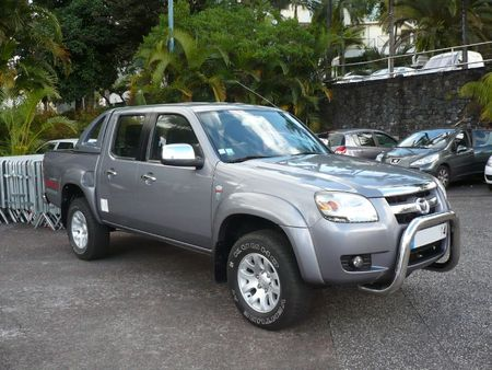 MAZDA BT-50 4X4 pick-up Le Tampon (1)