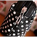 shop pochette guess 7