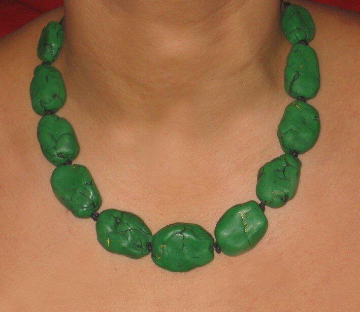 Collier imitation malachite