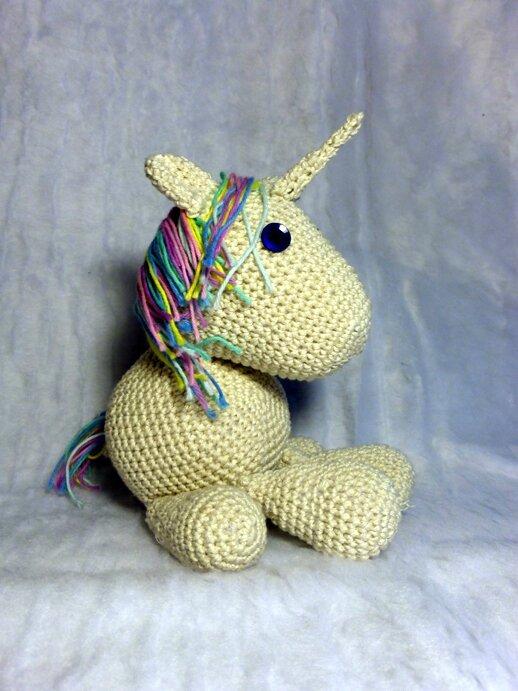 #Crochet : Licorne by Célénaa
