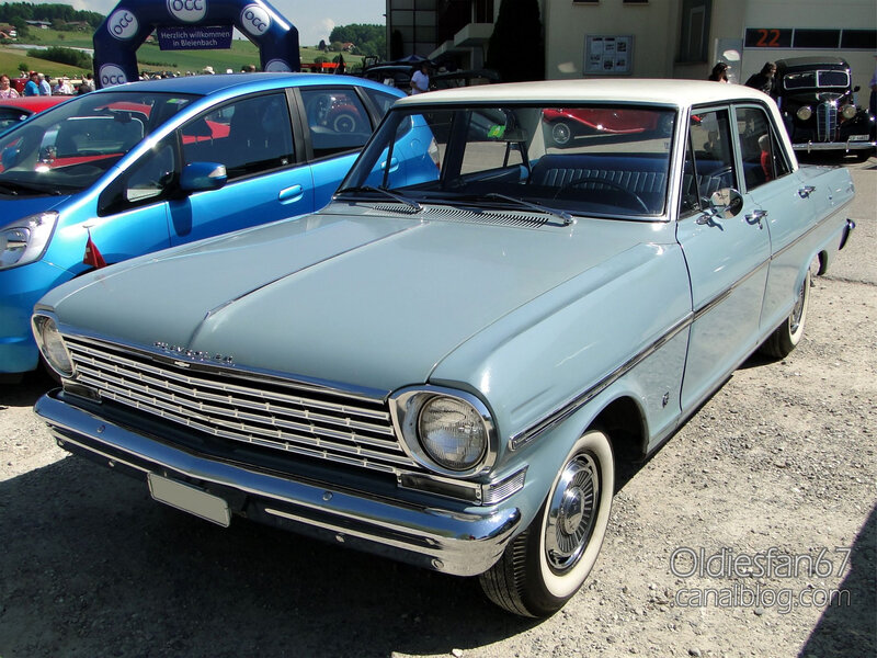 Chevrolet Chevy II 300 4door sedan-1963-03