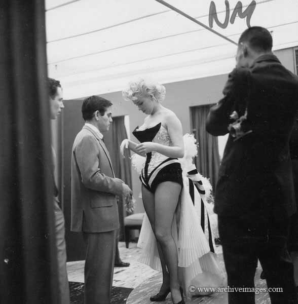 1955-03-30-NY-Brooks_Costume-by_mhg-033-1-MHG-MMO-CS-012