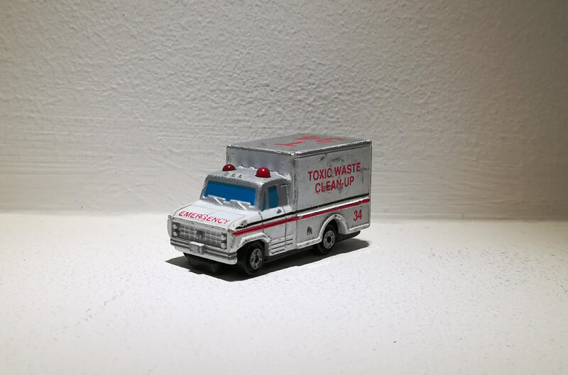 Ambulance (Micro Machine)