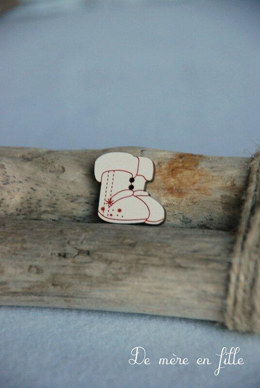 petites bottes ivoires