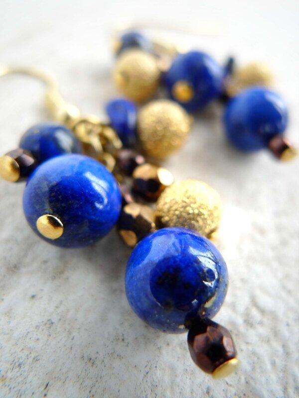 Grappe de Lapis Lazuli & perles dorée