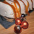 D'une légèreté elfique, la bûche à la mousse de pommes germaine de braspart, biscuit de blé noir et caramel beurre salé