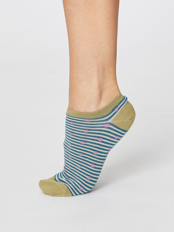 SPW372-KINGFISHER-GREEN--spot-and-stripe-bamboo-trainer-socks-3